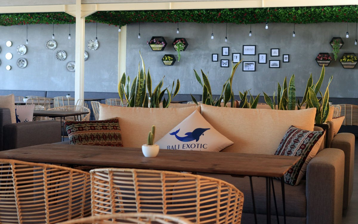 bali-dolphin-therapy-restaurant-3